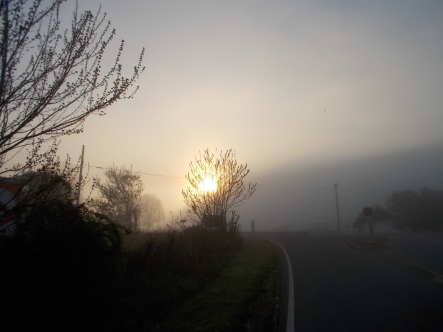 042815 Sunrise in the foggy valley