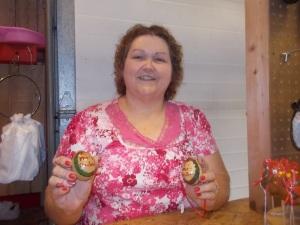 070315 Gourd artist at Farmer's Market