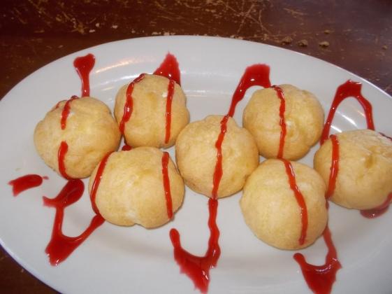 080315 Bavarian cream puffs