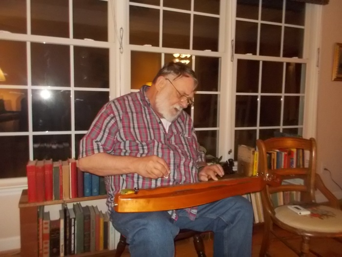 083115 Peter plays his dulcimer