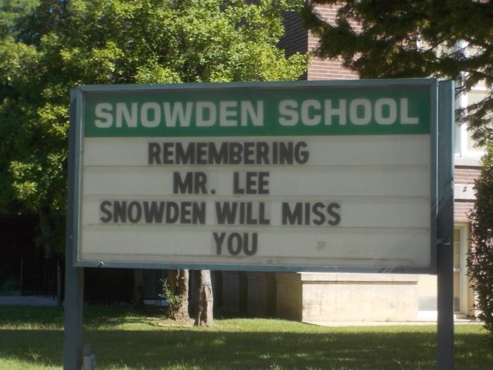 091415 (1) Sign at Snowden School