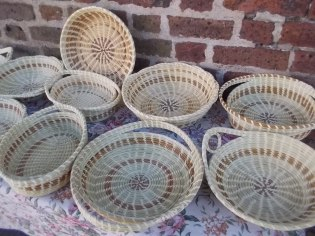 111415 Finished sweetgrass baskets in Charleston