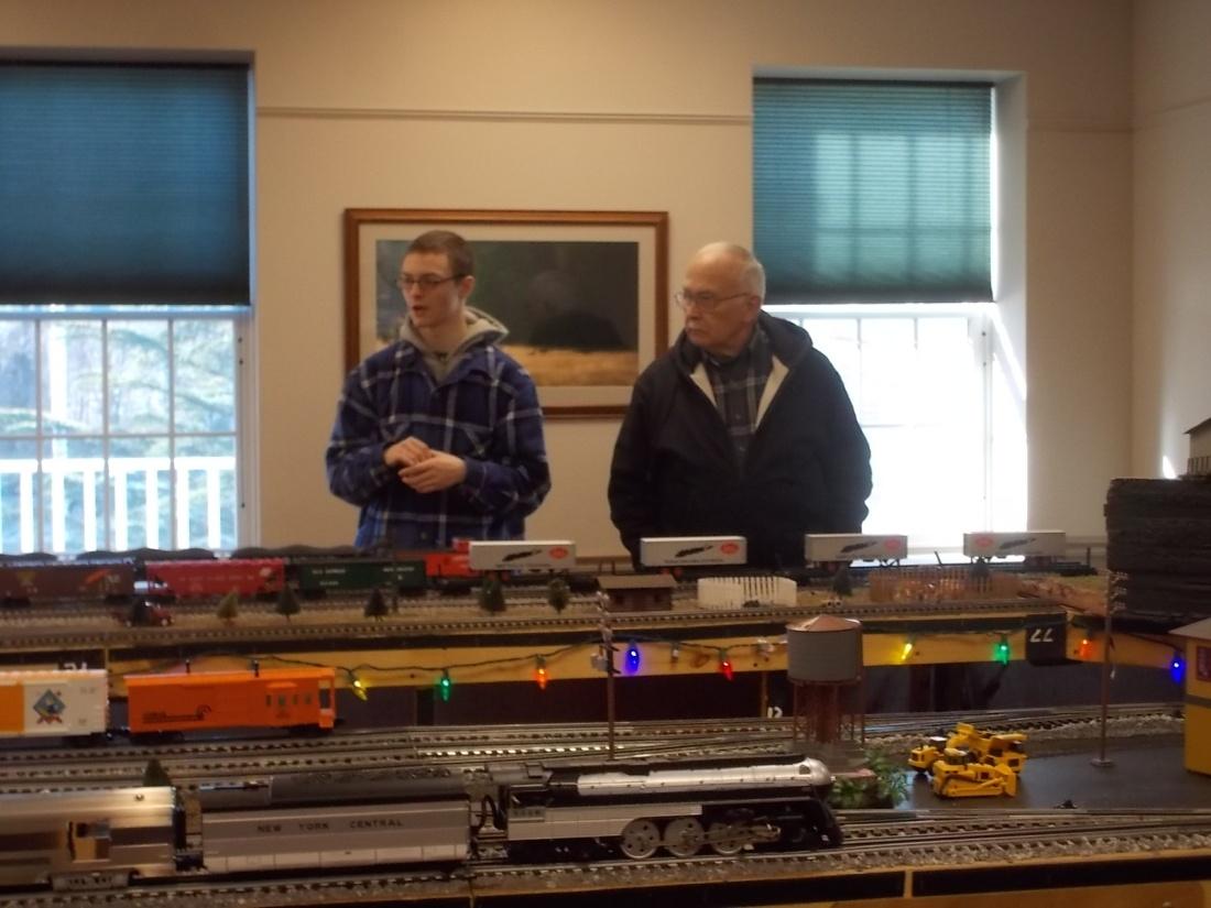 121915 David John train show