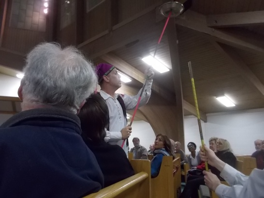 121915 Juggler with David's help