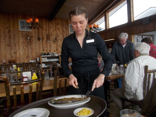 041116 Waitress deboning trout