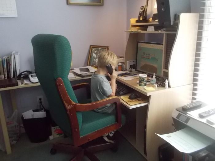 041816 Logan talks to Papa while gaming.JPG
