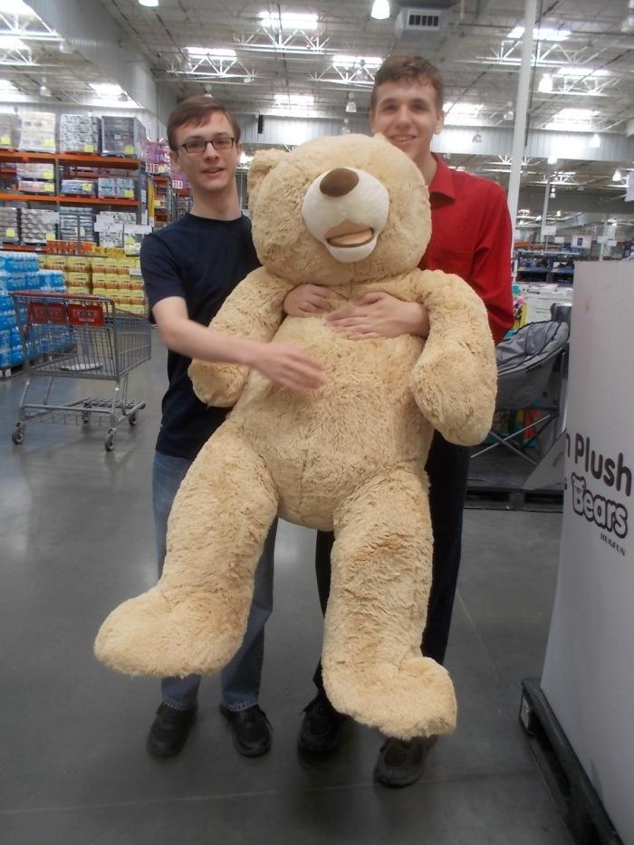 071016 D N Teddy at Costco