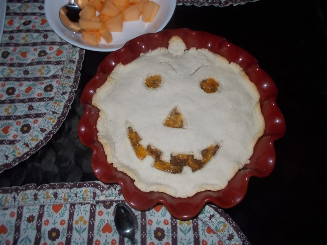 102816 Jack O Lantern meat pie.jpg