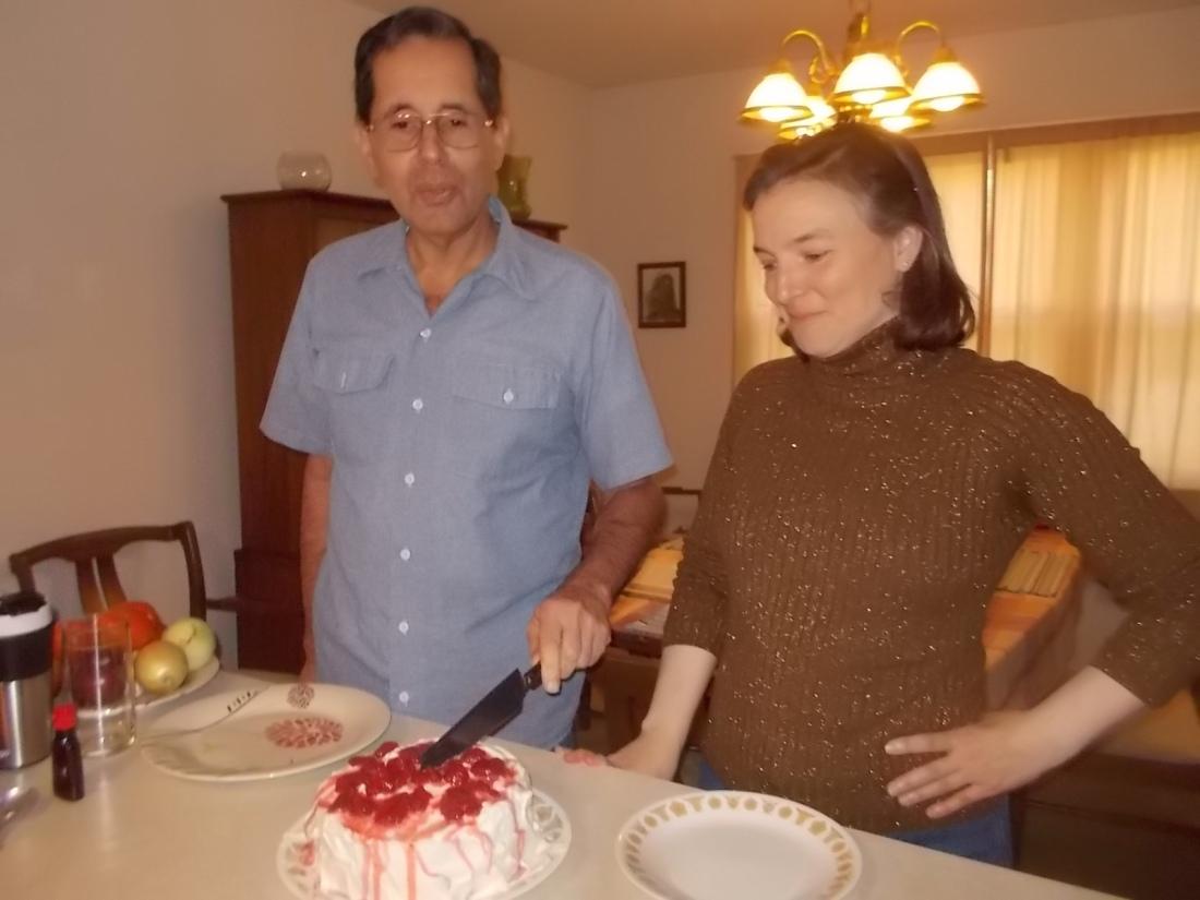 111116 Michael cuts Kate's cake.JPG