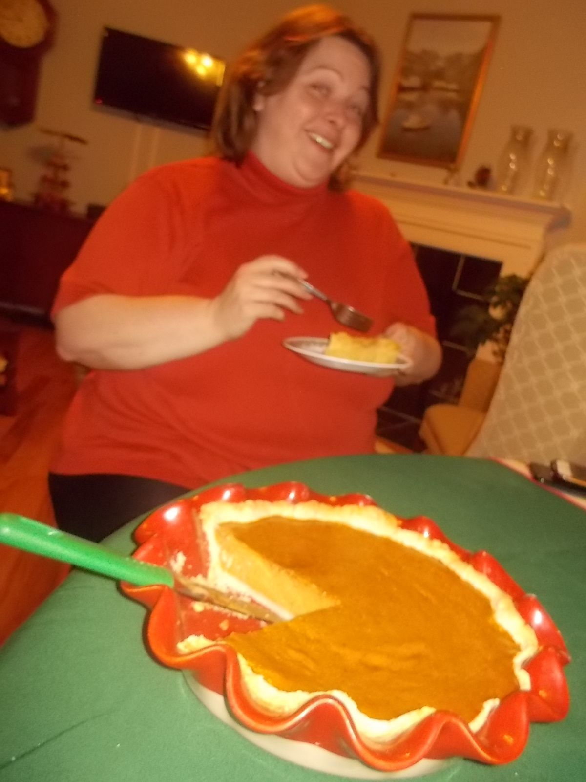 112616 Lise with her pie.JPG