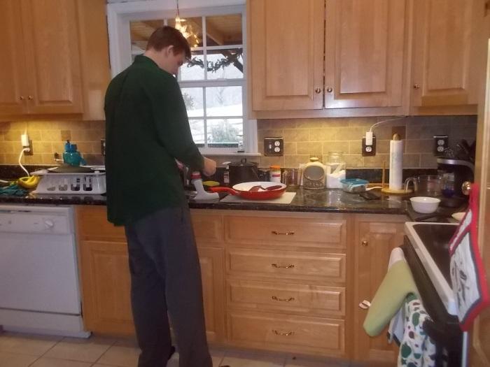 123116 N cooking.JPG