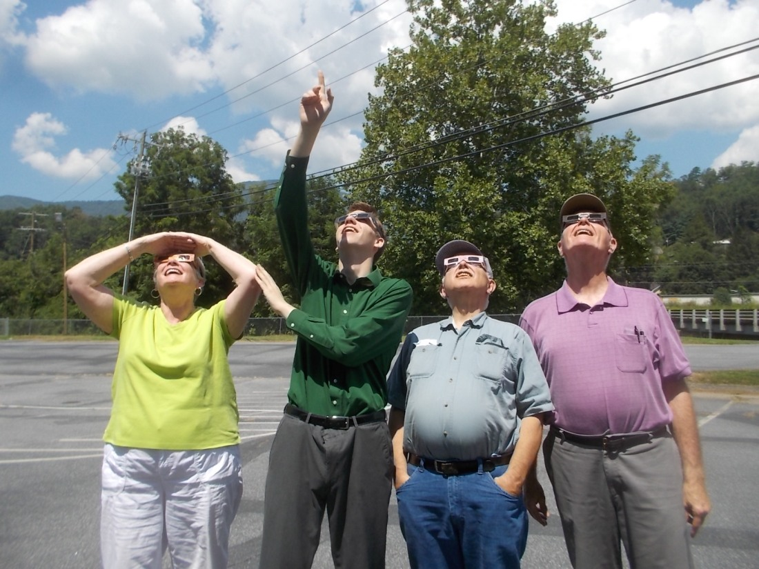 082117 Eclipse Beth N JC Bob.jpg