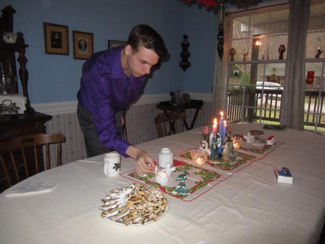 122417 N lights breakfast candles.JPG