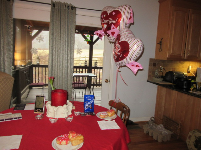 021418 Valentine breakfast table.JPG