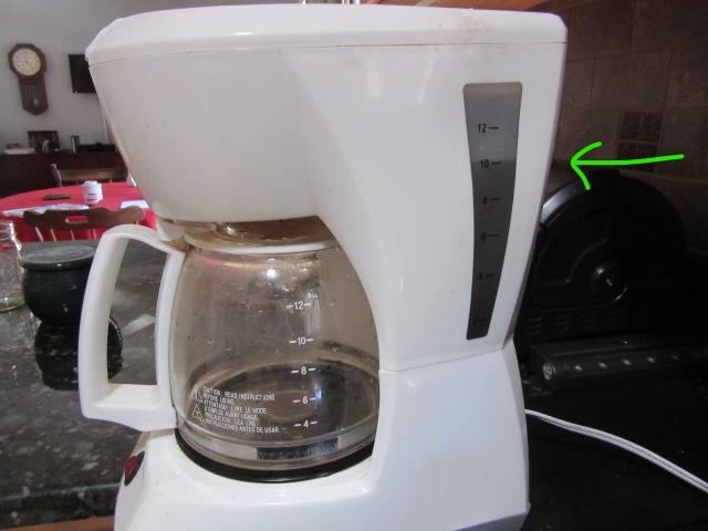 031518 Coffeepot 10 cup mark.jpg