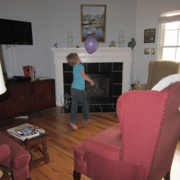 032118 Logan plays volley balloon (3)