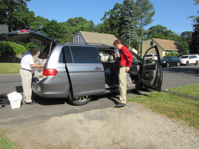 062518 JC N packing the car.JPG