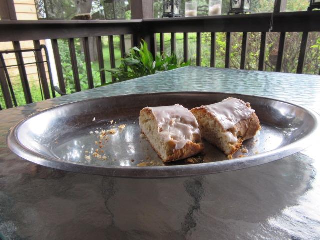 071618 Remnants of cardamom coffeecake.JPG
