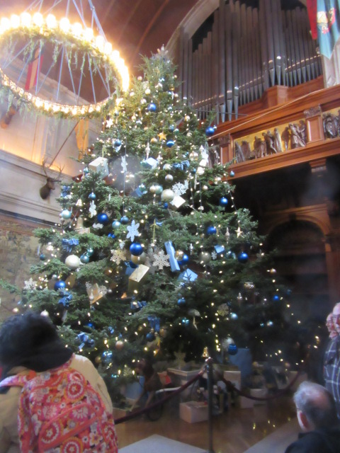 112718 Christmas Biltmore tree.JPG