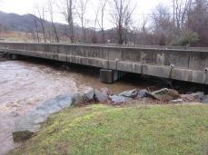 122818 J Creek flooding (3)