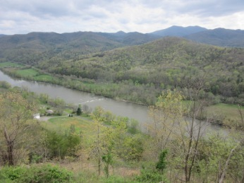 041319 French Broad River