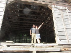 052719 7 $ Rose in old barn